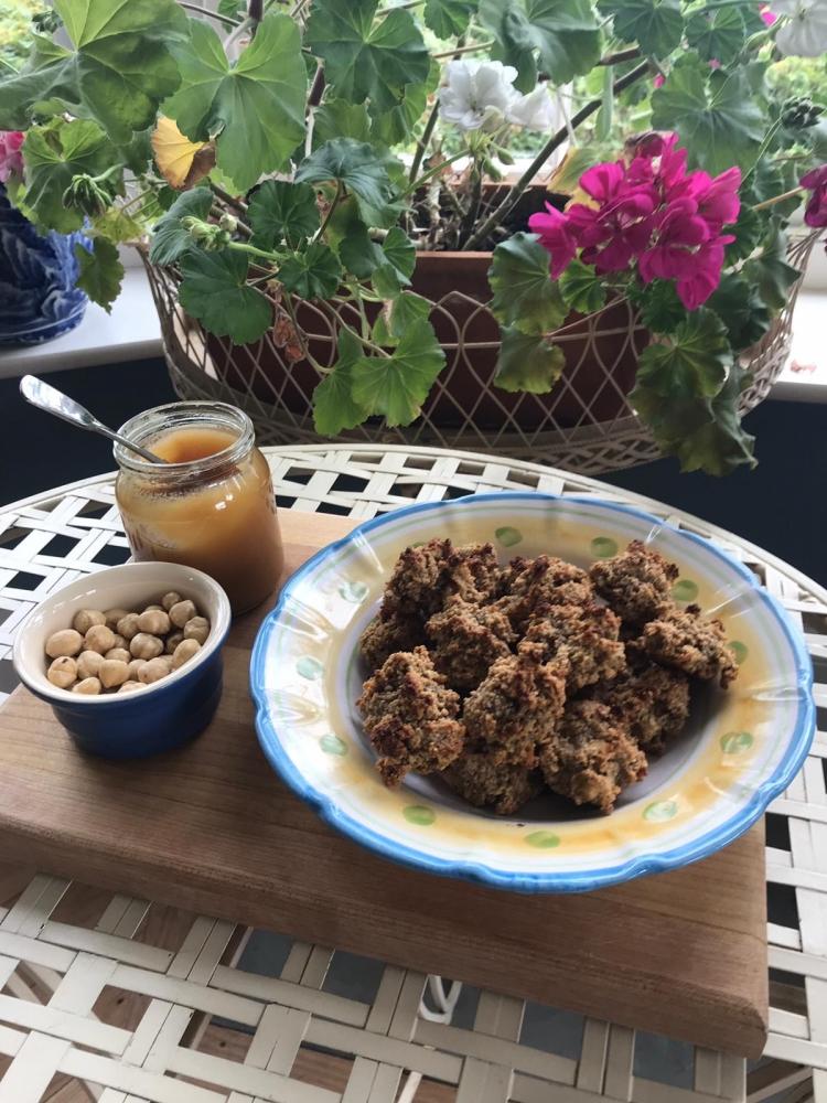 Hazelnut & Honey Bites